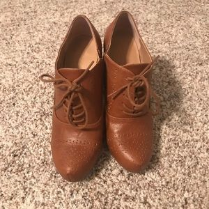 Shoes - Light Brown Ankle Booties